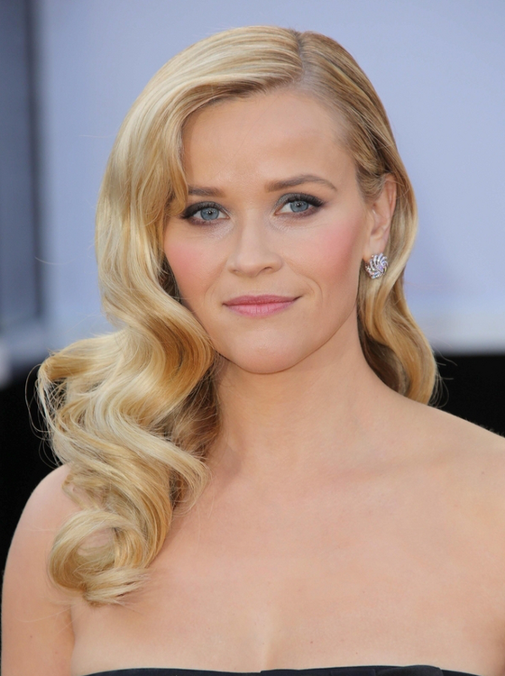 gallery_big_Reese_Witherspoon_Blonde_to_Brunette_Celebrity_Hair