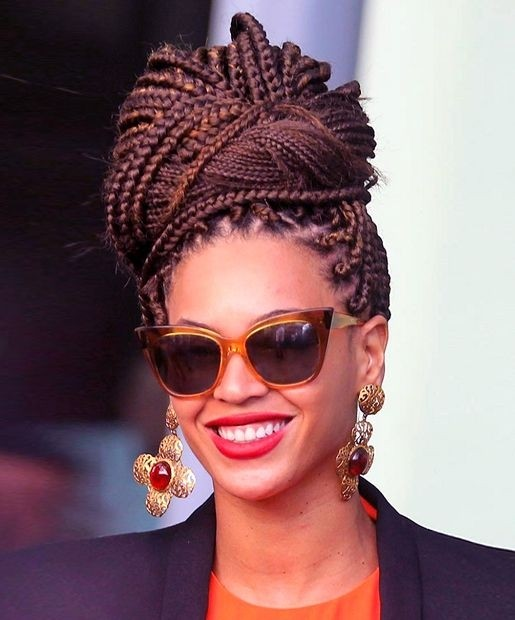 Stylish-Box-Braid-Updo-for-African-American-Hairstyles