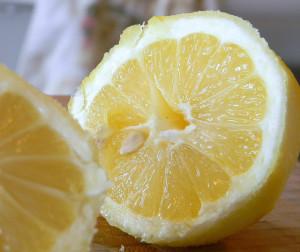 Lemon – your scalp with love a lemony concoction!