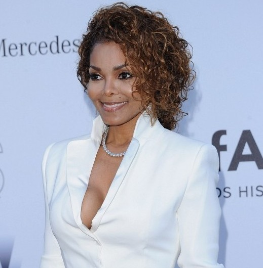 Janet-Jackson-Short-Soft-Curly-Hairstyle-for-Black-Women
