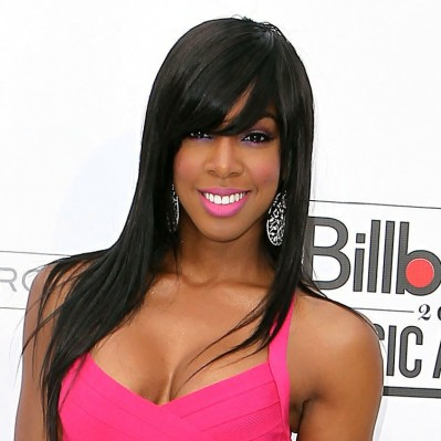 Kelly-Rowland-sleek-and-smooth-hairstyle-1