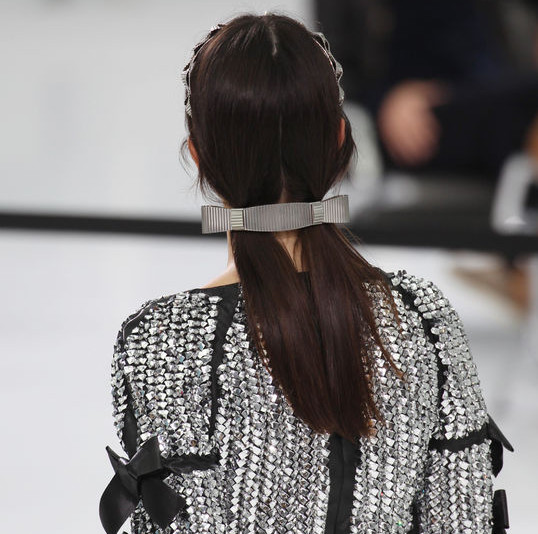 chanel-pigtails-hairstyle-pfw-ss16-w540