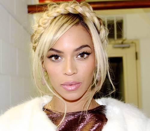 Beyonce-Rocks-Milkmaid-Braids-Trend-2