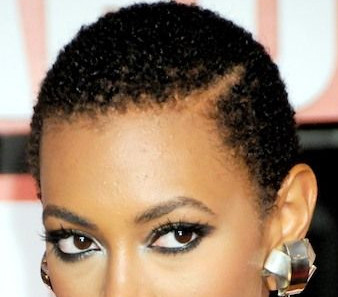 solange-side-part-natural-hair