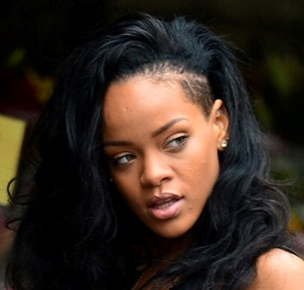 Rihanna battling hair loss?